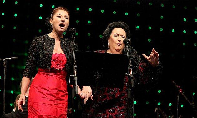 Vystoupení hvězdné španělské sopranistky Montserrat Caballé v Jaroměřicích nad Rokytnou.