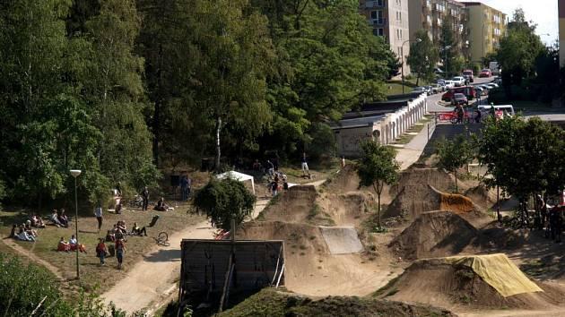 Cyklopeklov třebíčském bikeparku.