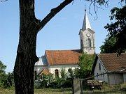 Maličká vesnička poblíž rumunsko-srbských hranic se skládá ze třech uliček Jana Husa, T. G. Masaryka a Václava Havla.