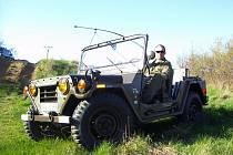 Mira Janko z Třebíče patří mezi šťastlivce, kteří nevšední armádní vozidlo Ford Mutt vlastní.