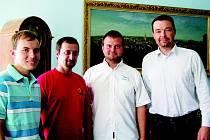Piloti na návštěvě u starosty Ivo Uhra.