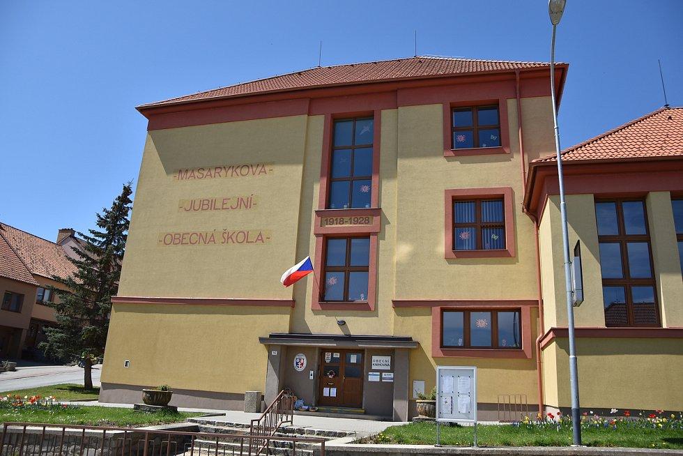 Rozsáhlou rekonstrukcí v posledních letech prochází i Základní škola v Přibyslavicích