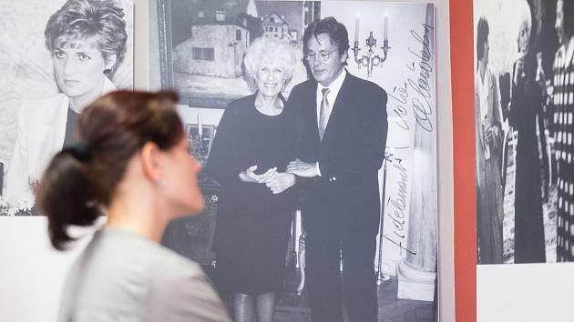 V Třebíči je k vidění výstava připomínající Olgu Havlovou a její nadaci