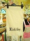 Ve vrátkovské dílně šijí švadleny textilní sáčky na potraviny.