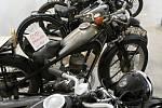 Muzeum československých letců v RAF a expozice starých motocyklů na zámku v Polici u Jemnice.