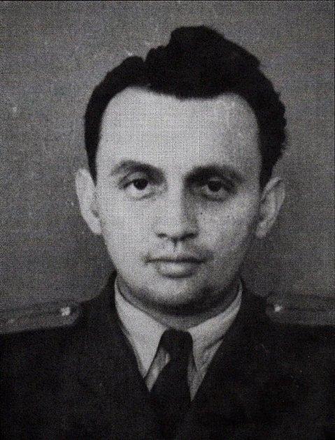 Vyšetřovatel proslulý svou brutalitou Antonín Achylis zKV StB Jihlava.