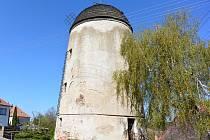 Větrný mlýn na Kanciborku v Třebíči.