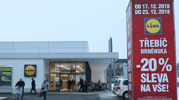 Nový supermarket otevřel. Ten starší bude v příštím roce nějaký čas zavřený