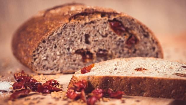 OBRAZEM: Třebíčský spolek překvapil kvalitou. Chléb prodává i na eshopu