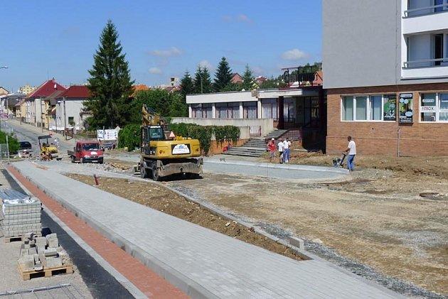 Pohled na stavbu křižovatky