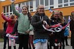 Základní škola Benešova Třebíč v pátek 15. listopadu oživila události konce socialismu a listopadové revoluce.