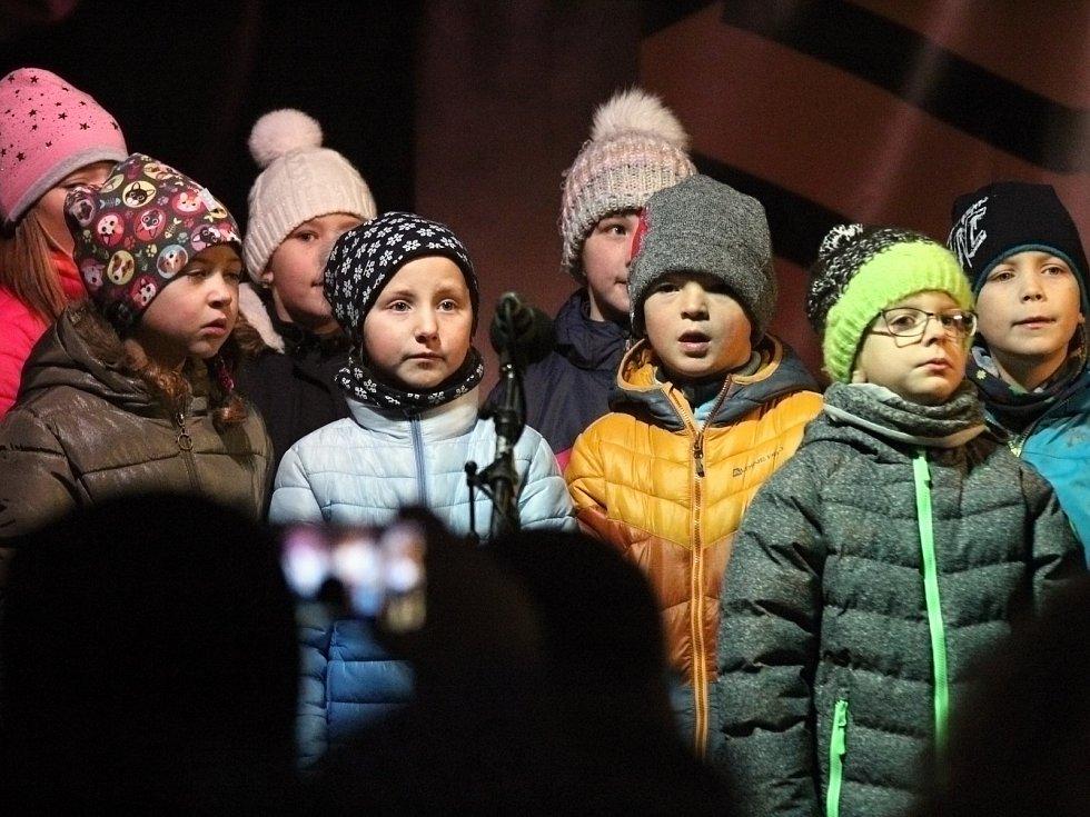 Rozsvěcení vánočního stromu si v Náměšti nad Oslavou.