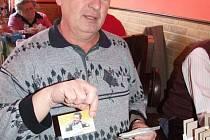 Sběratelé kalendáříků si dali dostaveníčko v Hospůdce Slavická v Třebíči v sobotu