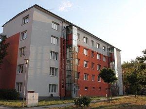 Ojedinělé skleněné výtahy pořídili v Třebíči u cihlového čtyřpatráku