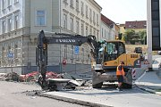 Na dva týdny je uzavírka Sokolské ulice v Třebíči. Tvoří se kvůli tomu kolony v centru města.