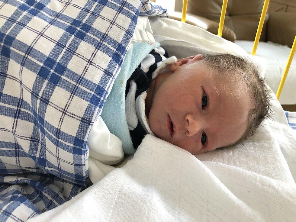 Prvním miminkem roku 2019 je Tobiáš z Budišova.