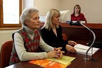 Bývalá dětská zdravotní sestra Zdena Mládková z Třebíče je přesvědčena, že výpověď, kterou dostala kvůli záměně dětí, je neoprávněná.