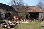 Horní Vilémovice chtějí koupit starý dům na návsi