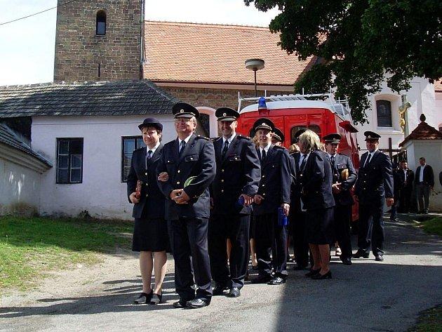 Sbor hasičů z Březníka.