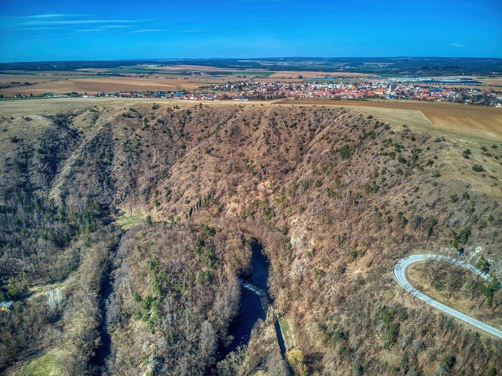 Záběry z dronu v okolí Mohelna