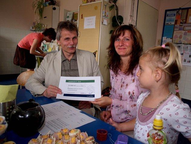 Kraj přilepšil mateřským centrům částkou deset tisíc korun.