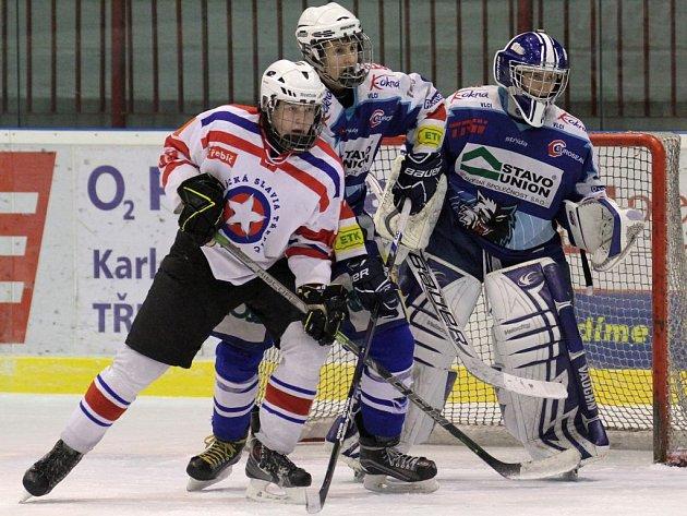 Oba duely třebíčských dorostenců (v bílém) proti Jablonci měly dramatickou zápletku. Poprvé se z vítězství radovali Severočeši (na snímku) a podruhé Horácká Slavia.