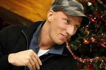 V pátek večer se v Třebíči v hale Spartaku stal Petr Svoboda hlavní tváří křtu Knihy rekordů 2009 a v sobotu ráno už seděl v letadle, které směřovalo na Kanárské ostrovy.