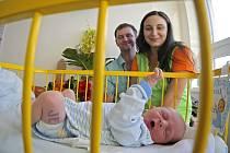 Na svět přišel Radek Jelínek na Nový rok 56 minut po půlnoci v porodnici třebíčské nemocnice. Váží 3,30 kilogramu a měří 51 centimetrů.
