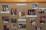 V sále organizátoři zároveň instalovali panely o historii kosmonautiky.