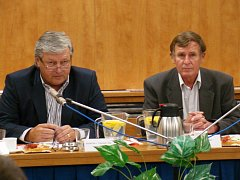Prakticky žádný boj se nevedl o funkce na moravskobudějovické radnici. Ustavující zasedání nového zastupitelstva o všech nejdůležitějších postech města rozhodlo jednoznačně.