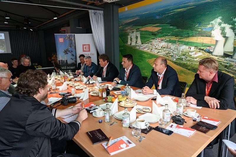 Tři ředitelé představili plány, co se bude na Dukovanech dít v příštím čtvrtstoletí.