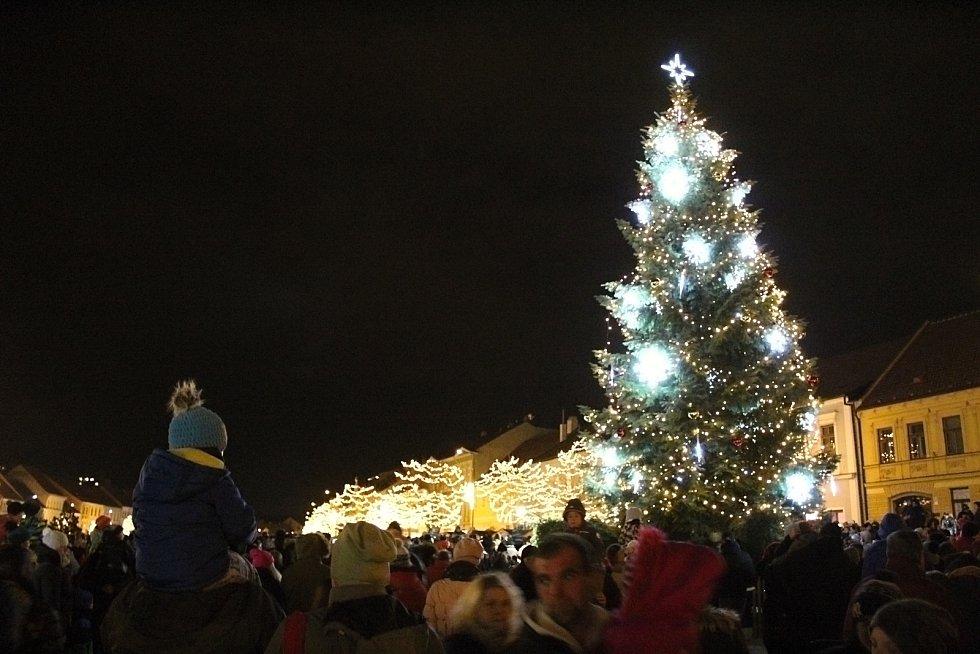 Vánoční výzdoba v Třebíči.
