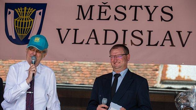 Miloš Zeman ve Vladislavi a v Okříškách