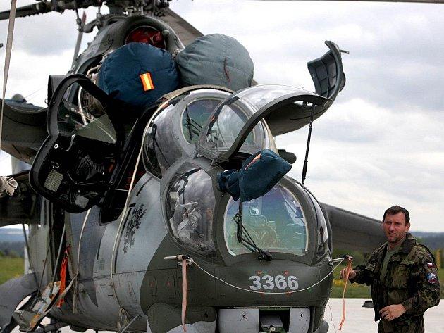 Vrtulníky Mi–24.