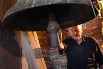 Zvony v kostele v Budkově