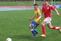Jednoznačnou záležitostí bylo utkání 22. kola divize D staršího dorostu mezi fotbalisty HFK Třebíč (vpravo) a Břeclaví. Jihomoravané si z Vysočiny odvezli šestibrankový příděl.