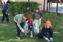 Děti společně se svými kantory připravily hned několik akcí, aby zlepšily stav životního prostředí ve svém okolí.