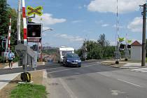 Železniční přejezd v ulici Pražská v Borovině v Třebíči.