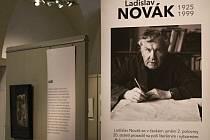 Výstava Ladislava Nováka v konírně třebíčského zámku.