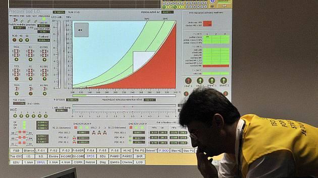 V Jaderné elektrárně Dukovany ve středu energetici nacvičovali zvládnutí vážné havárie jednoho ze čtyř bloků s velkým únikem radioaktivní vody.