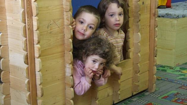 Sourozenci Šimon, Rebeka a Anička