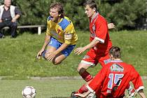 Fotbalisté Velkého Meziříčí chystají v domácích divizních duelech pro své fanoušky střelecké hody. V minulém duelu s Vrchovinou viděli diváci sedm branek, v neděli s Tasovicemi šest.
