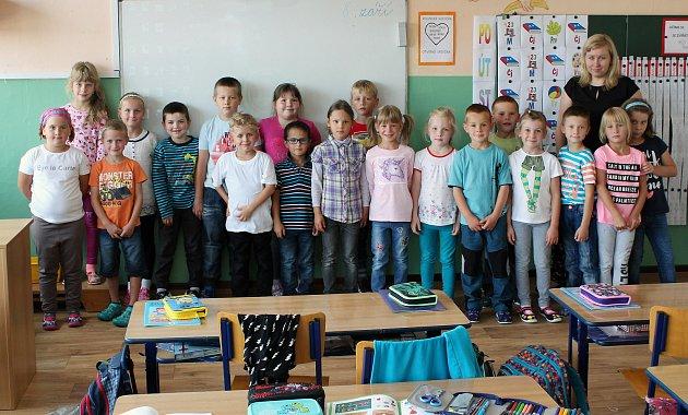 Na fotografii jsou žáci ze ZŠ Husova vNáměšti nad Oslavou, třída 1.B paní učitelky Lenky Nejedlé