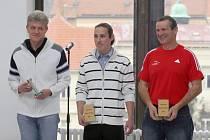 Třebíč ocenila nejlepší sportovce roku 2011. Pamětní list a finanční odměnu si z pátečního slavnostního ceremoniálu odneslo 33 žen a mužů a šest družstev.