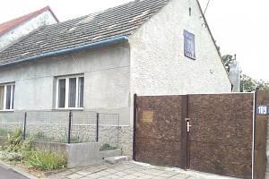 Dům rodiny Dubských v Domamilu na Třebíčsku.