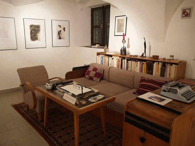 Pracovní stůl Ladislava Nováka