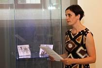 Lucie Pálková při vernisáži výstavy Ze života na valdštejnském zámku, která bude v Muzeu Vysočiny Třebíč k vidění do 16. října.
