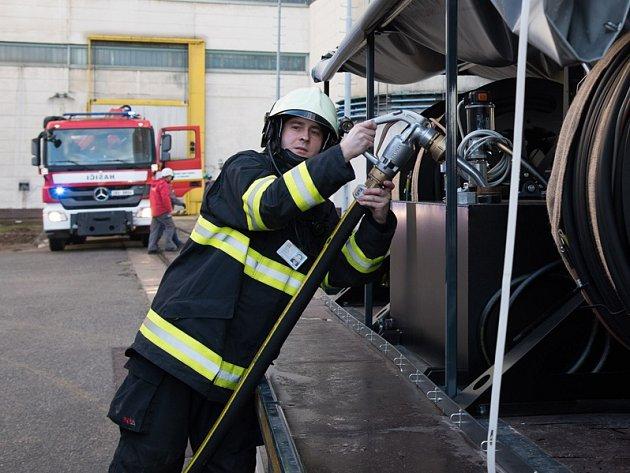 Zkouška záložních dieselgenerátorů.