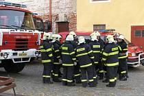 Ilustrační foto hasiči auto výstroj