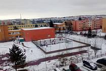 Kluziště u Základní školy Benešova v Třebíči.